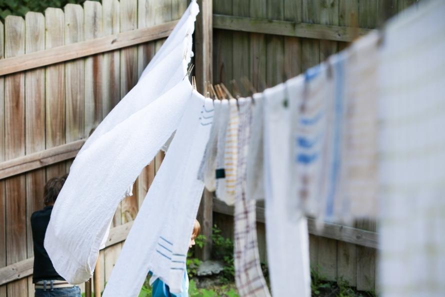 line dry laundry-9730