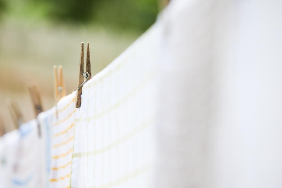 line dry laundry-9736